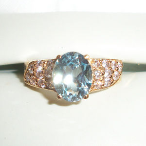 10kt Gold AQUAMARINE Statement Ring
